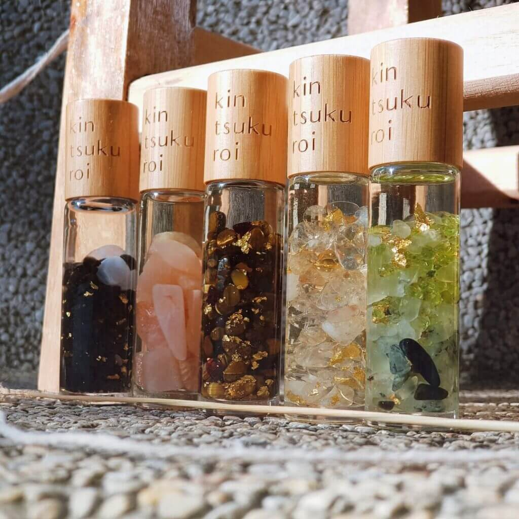 5 Essential Oils That Elevate Your Intimacy Mood